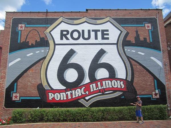 Route 66 Mural Pontiac
