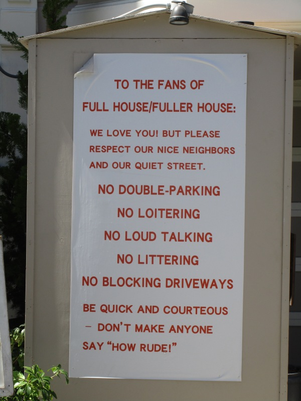 Full House Sign